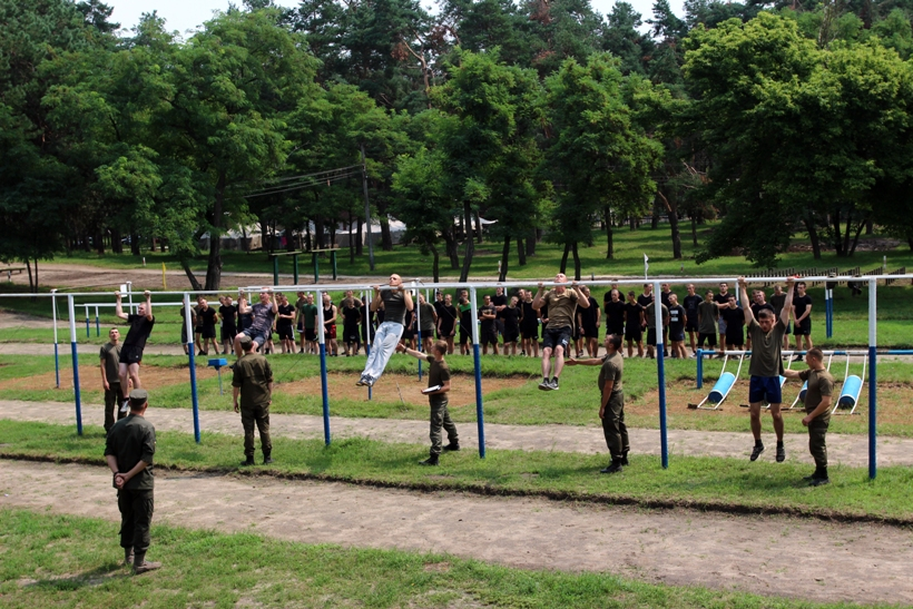 Серед майбутніх гвардійців обрали спецпризначенців  - фото 2