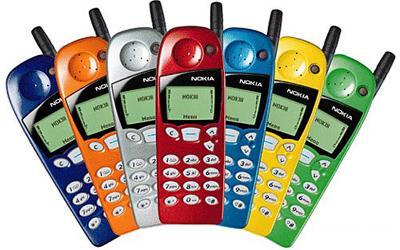Від цеглини до крихітки: як розвивалися наші мобільні телефони - фото 6