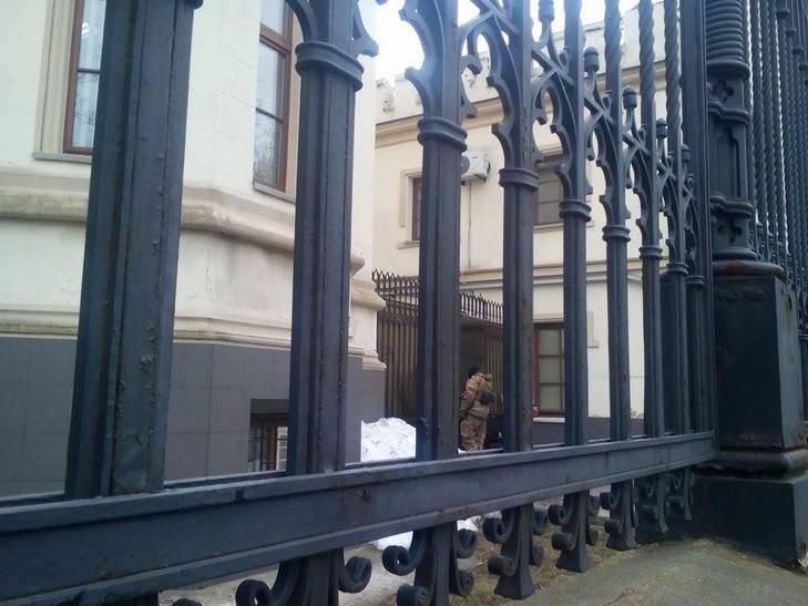 СБУ обшукує компанію Коломойського в Одесі - фото 2