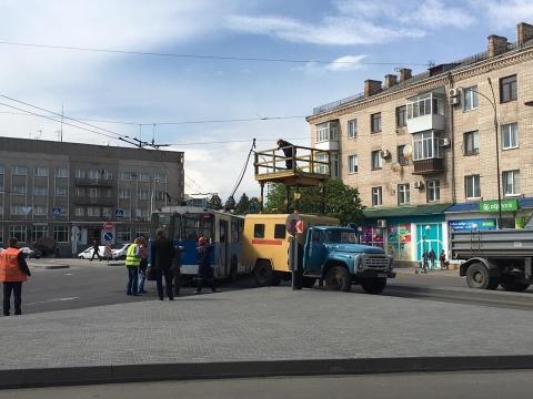 У Вінниці зупинились тролейбуси - фото 1