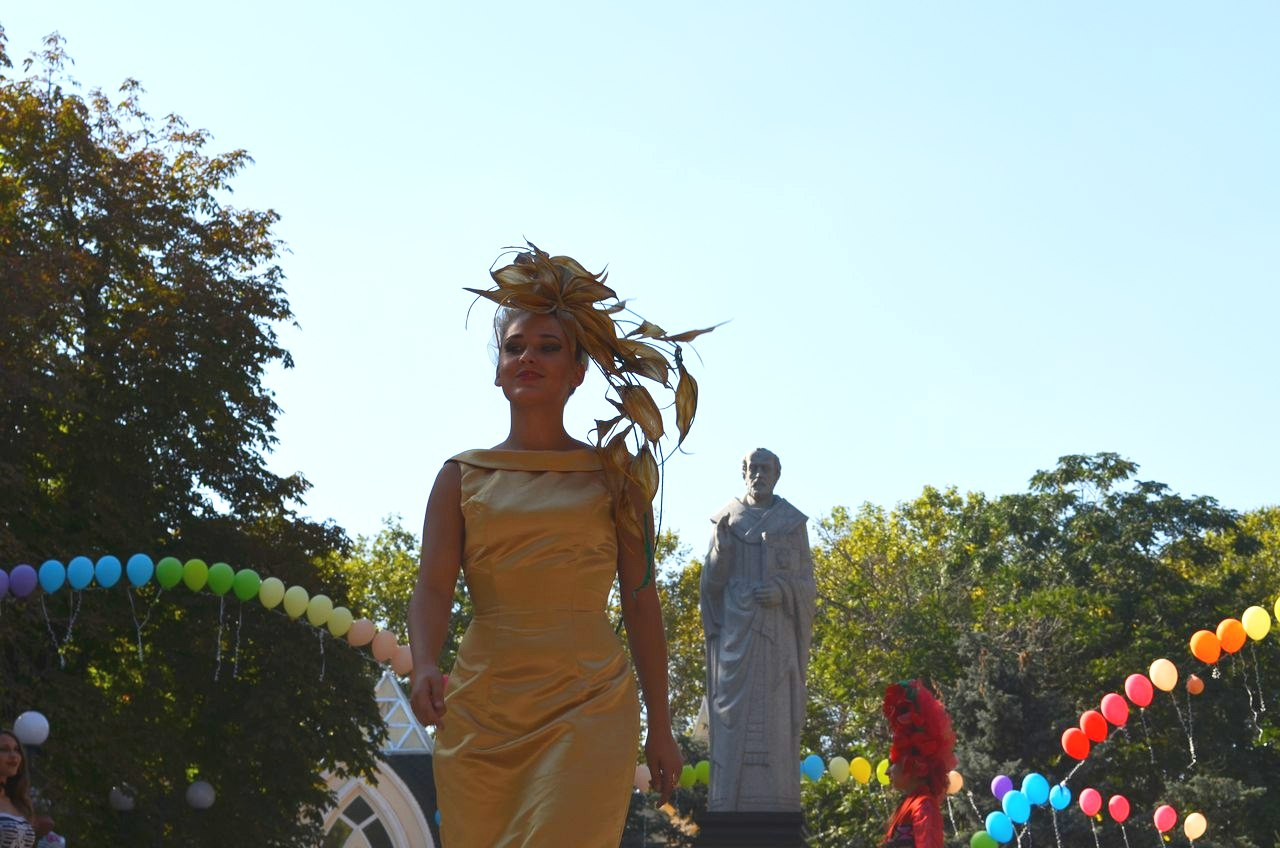 Миколаївські наречені показали неординарні сукні у День міста