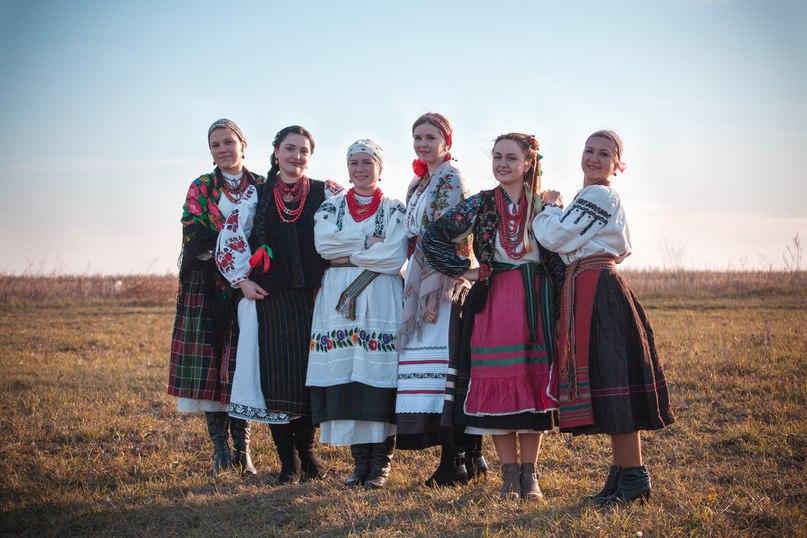 Нова українська мода: сторічна вишиванка з чужого плеча - фото 4