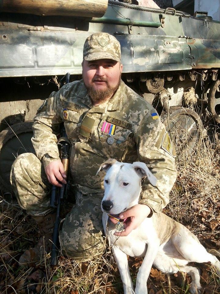 Чим займаються на Донбасі найкращі друзі бійців АТО - фото 13