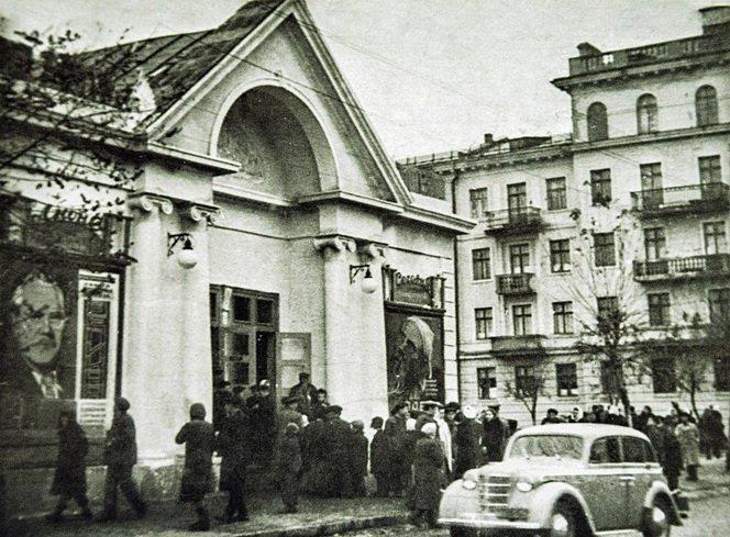 Як виглядали архітектурні об'єкти Вінниці століття тому - фото 9