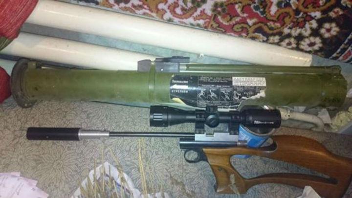 Ківа похизувався зброєю, маріхуаною і гашишем - фото 1