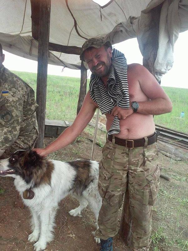 Чим займаються на Донбасі найкращі друзі бійців АТО-4 - фото 8