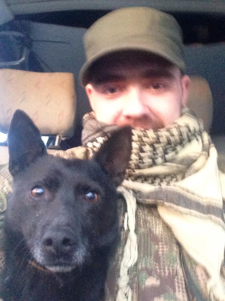 Чим займаються на Донбасі найкращі друзі бійців АТО-4 - фото 4