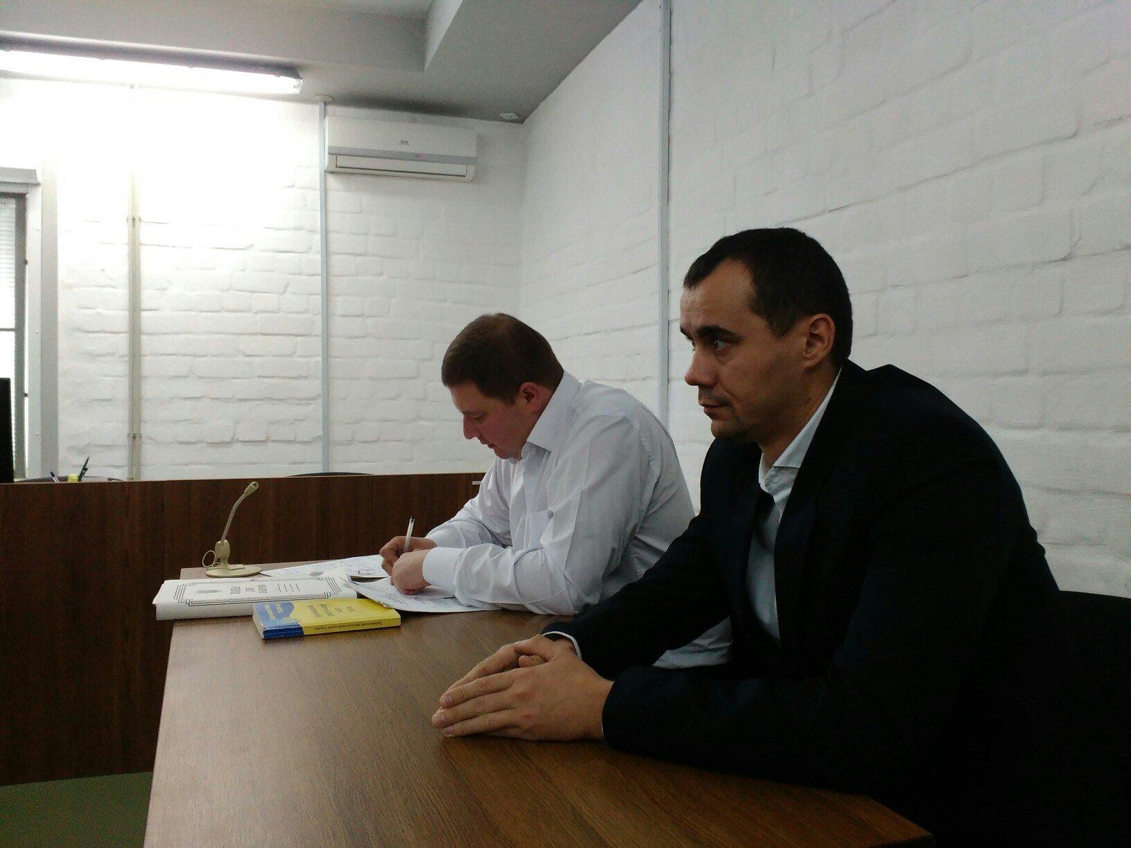 Адвокати Романчука хочуть допитати у суді депутатів Миколаївської облради - фото 2