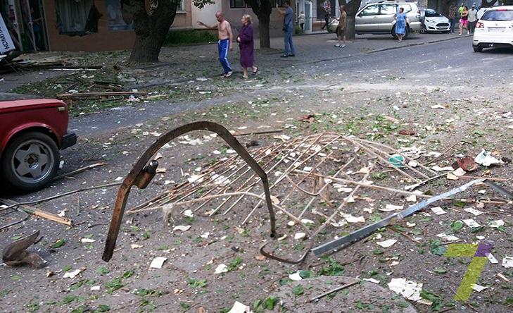 В Одесі пролунав потужний вибух: є загиблі та поранені - фото 3