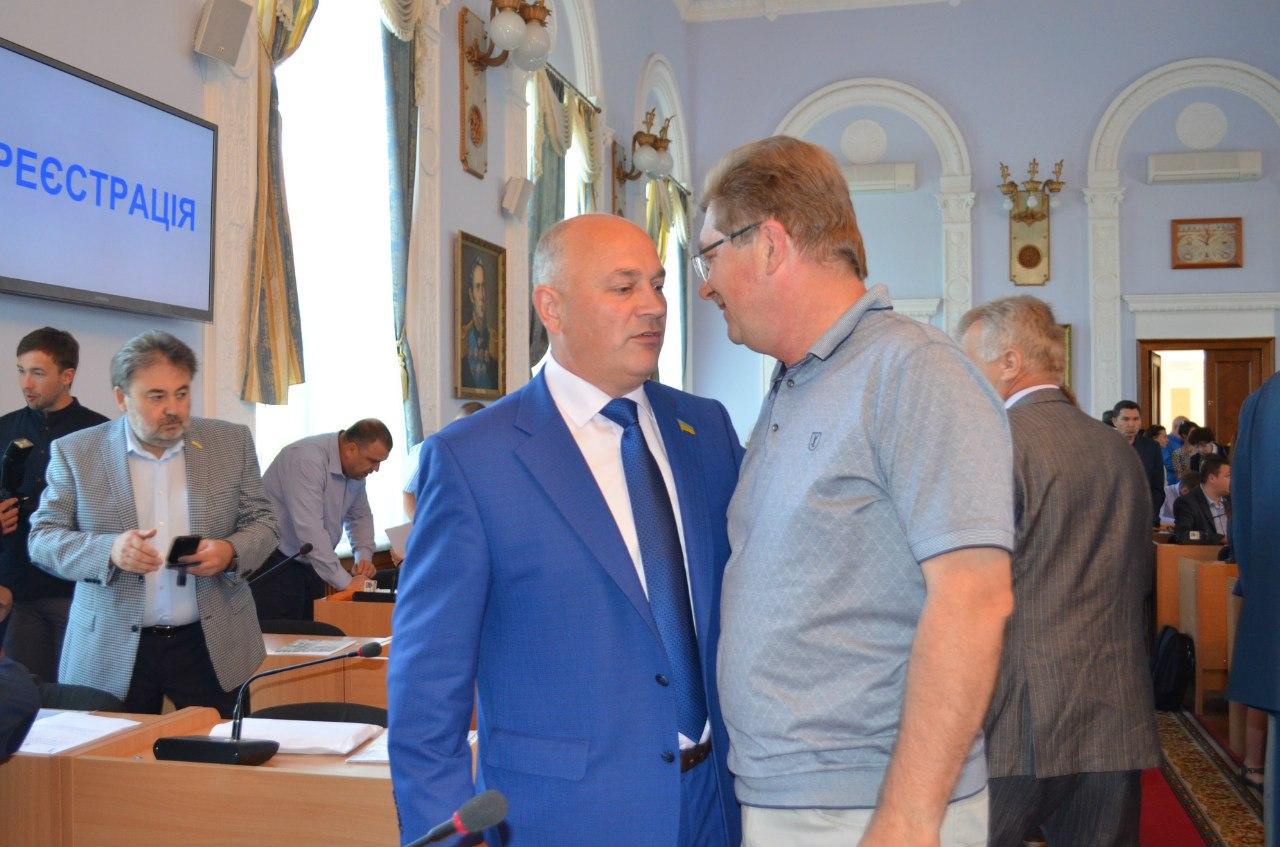 """Творче самогоноваріння та мархрові будки: сесійні """"ляпи"""" миколаївських депутатів"""
