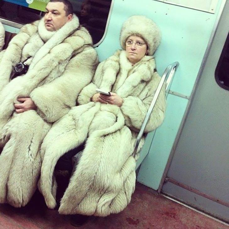 35 неймовірних диваків у метро - фото 33