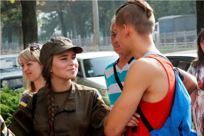 У Харкові майбутніх гвардійців відправили на військову підготовку  - фото 3
