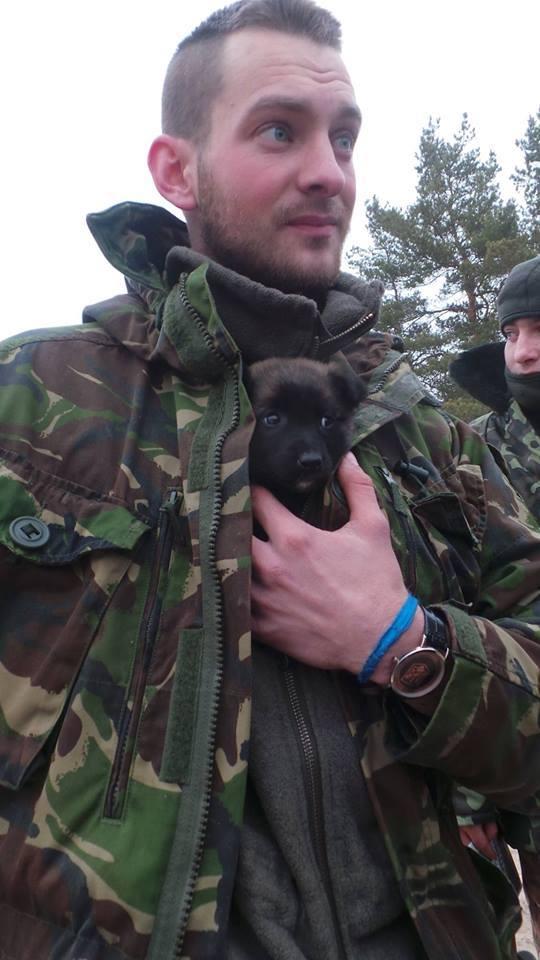 Чим займаються на Донбасі найкращі друзі бійців АТО - фото 11
