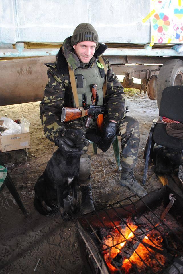 Чим займаються на Донбасі найкращі друзі бійців АТО - фото 5