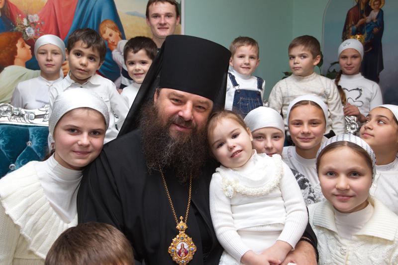 """Герої та """"герої"""": Чи потрібне Устиму Голоднюку звання Героя України як в священика Жара - фото 4"""