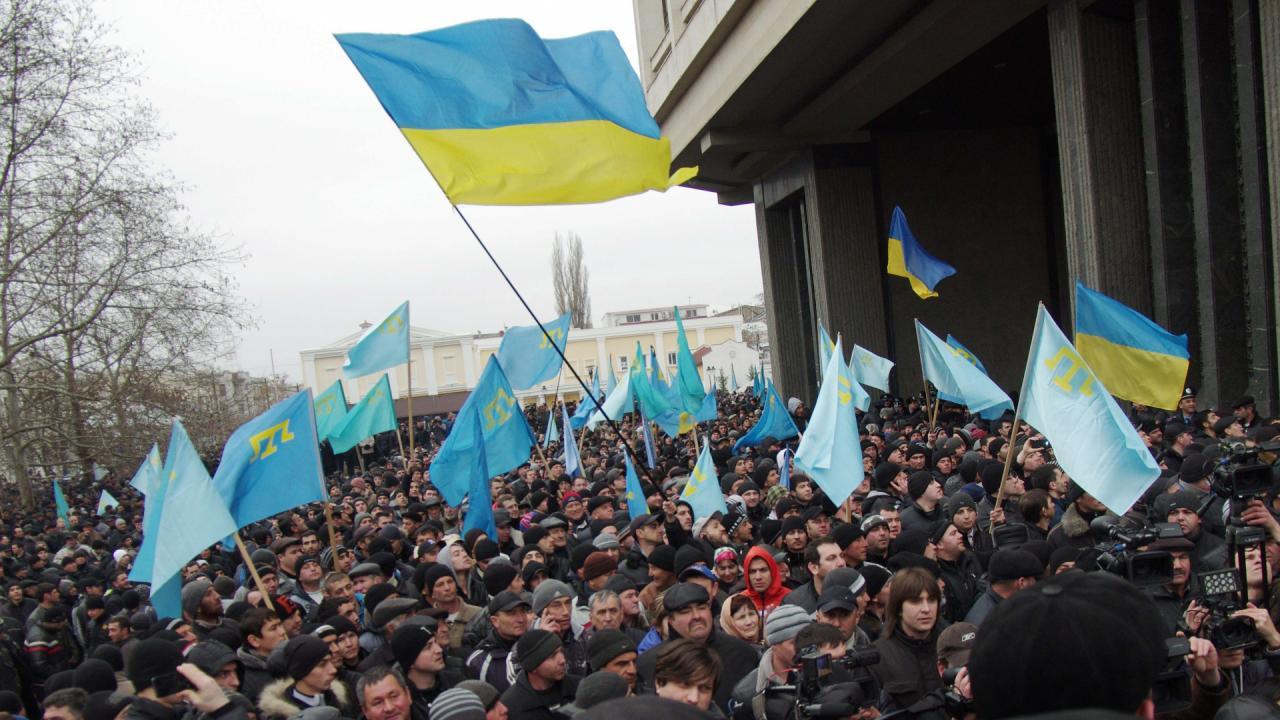 Хроніки окупації Криму: мітинг 26 лютого - фото 2
