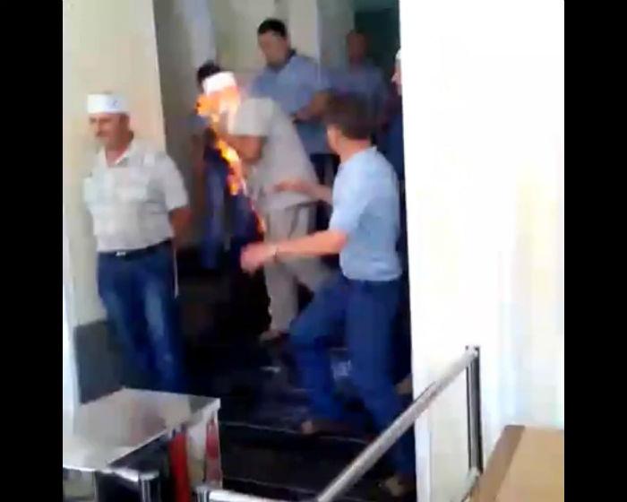 Голодуючий в Міненерго шахтар намагався спалити себе,  - Волинець - фото 1