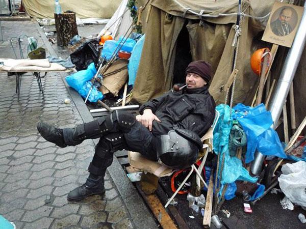 Справжні солдати. Віктор Суходольський: В моєму Саду Небесної Сотні зустрічатимуться бойові побратими - фото 1