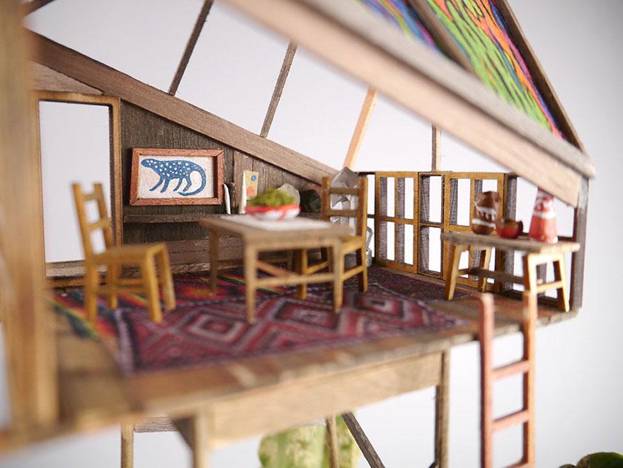 Як виглядають мініатюрні будиночки на кімнатних рослинах - фото 4