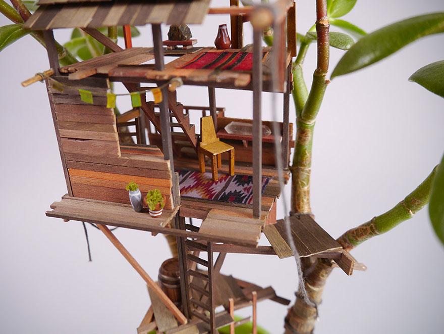 Як виглядають мініатюрні будиночки на кімнатних рослинах - фото 2