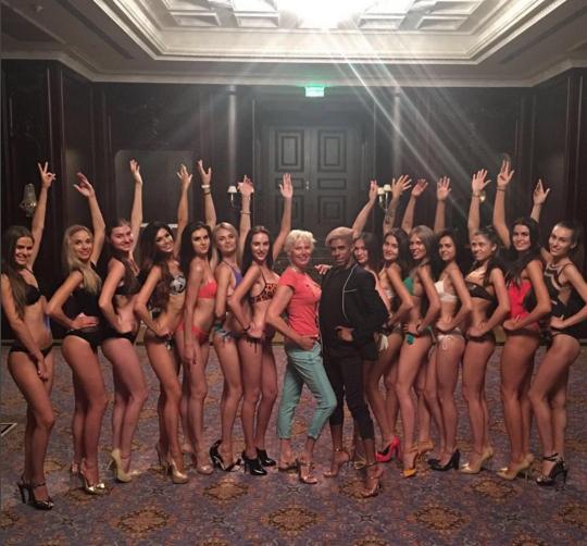 """Як конкурсантки """"Міс Україна Всесвіт"""" у бікіні тілами хизувалися - фото 4"""