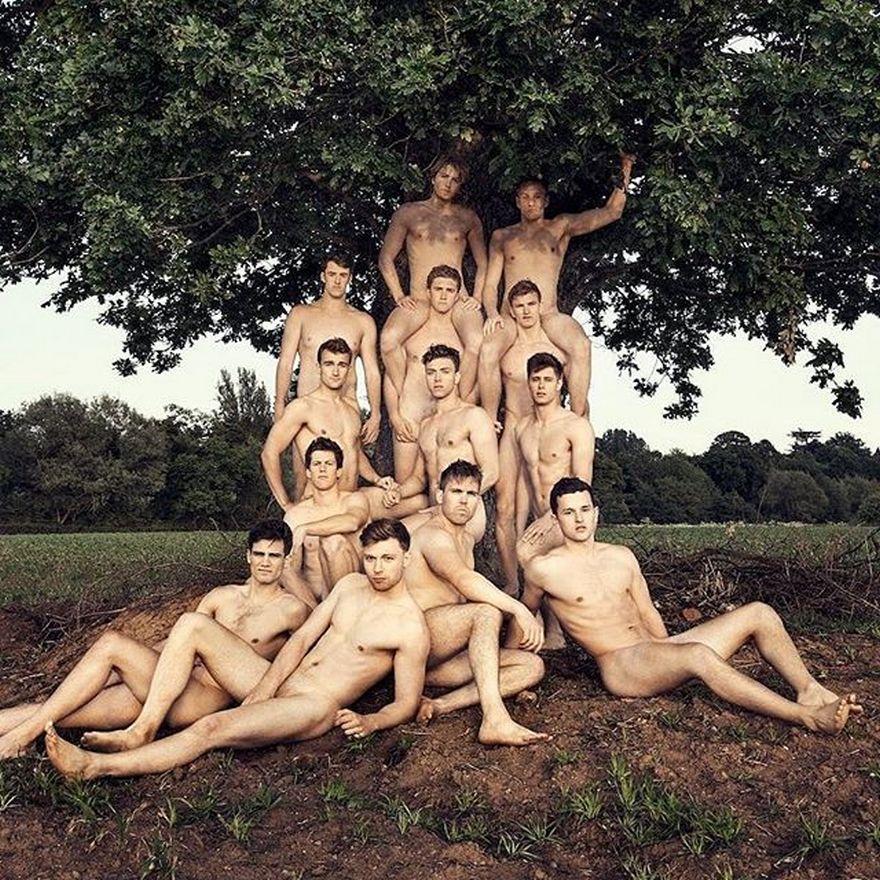 Еротика і провокація: ТОП-10 епатажних календарів - фото 10