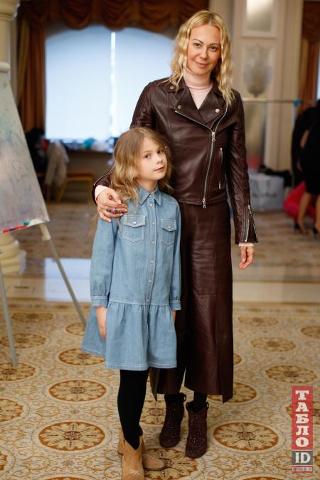 Дочки Шовковського, Гусєва і Тедеєва стали моделями - фото 3