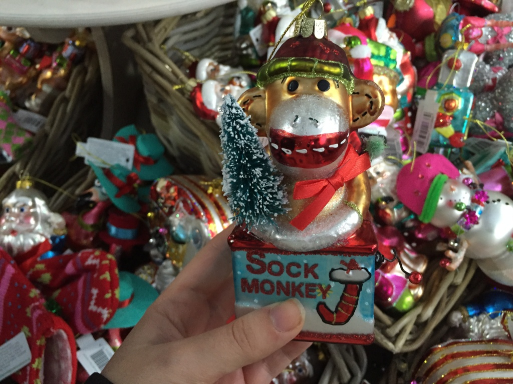 Треш і гламур: ТОП-10 новорічних прикрас для диваків - фото 13