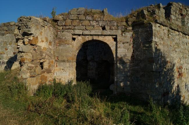 Скарби, привиди-мучителі і підземні ходи: Про що можна дізнатися у мурах Пнівського замку - фото 7
