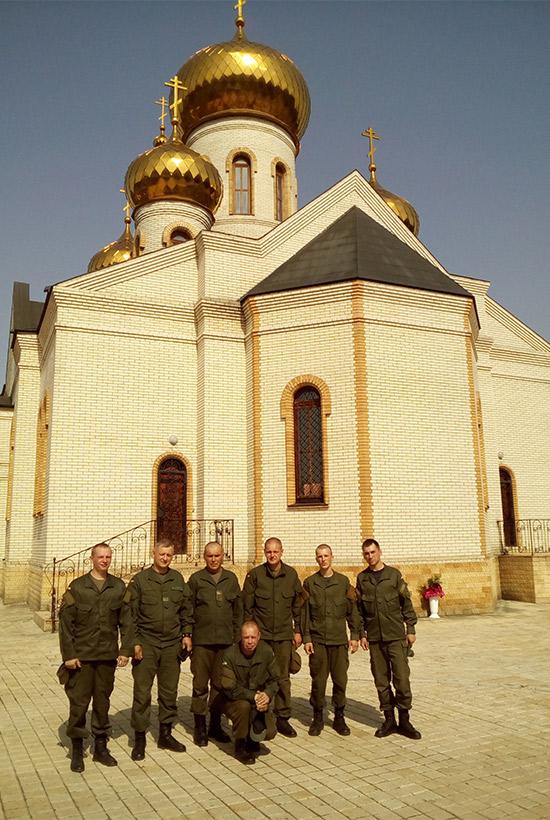 Харківські гвардійці відсвяткували Трійцю  - фото 2