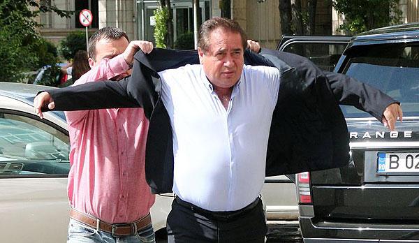 Людина яка переламала систему в Румунії та поборола корупцію - фото 1