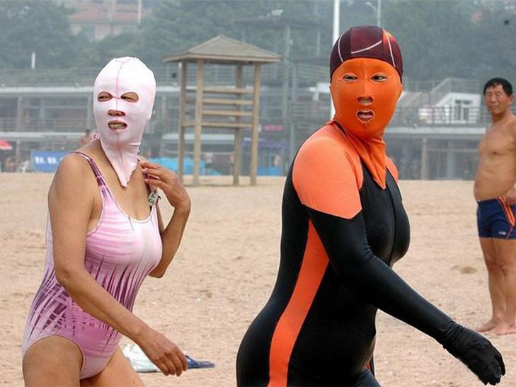 30 кумедних купальних костюмів - фото 3