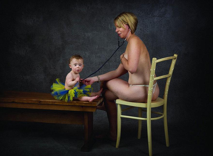 Еротика і провокація: ТОП-10 епатажних календарів - фото 2