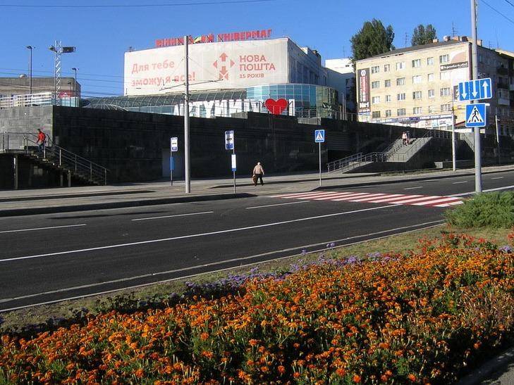 Реконструкцію площі Гагаріна у Вінниці завершено - фото 3