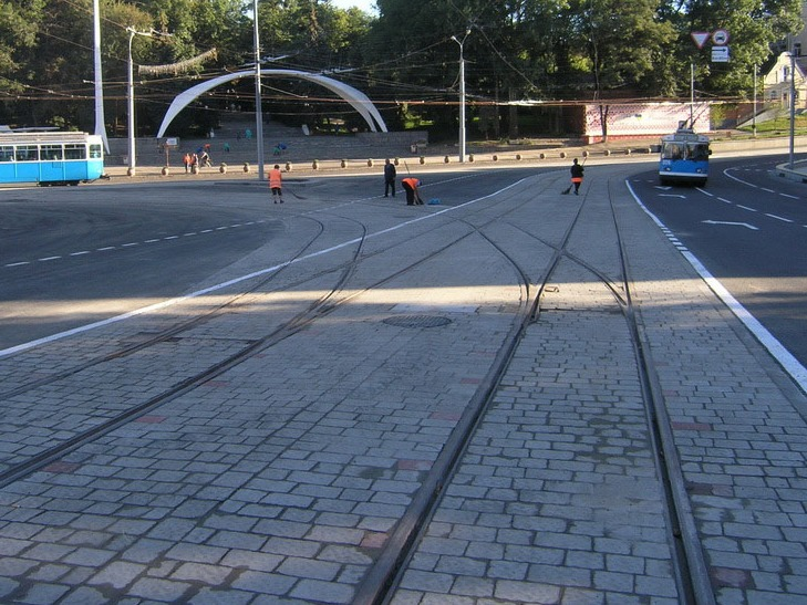 Реконструкцію площі Гагаріна у Вінниці завершено - фото 1