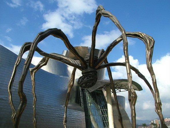 Блювота і обвислі груди: ТОП-10 найбільш трешевих пам'ятників у світі - фото 7