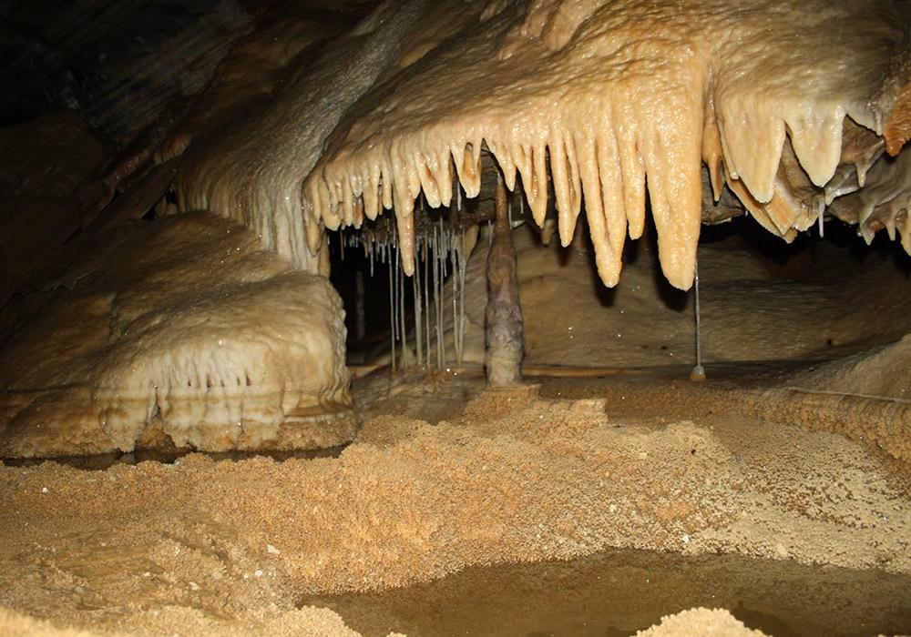 Подорожі Україною: ТОП-10 дивовижних печер - фото 14