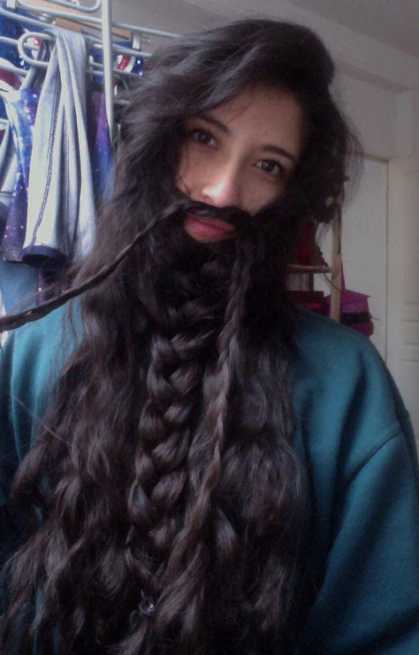 ТОП-10 жінок, бородам яких позаздрить будь-який чоловік - фото 1