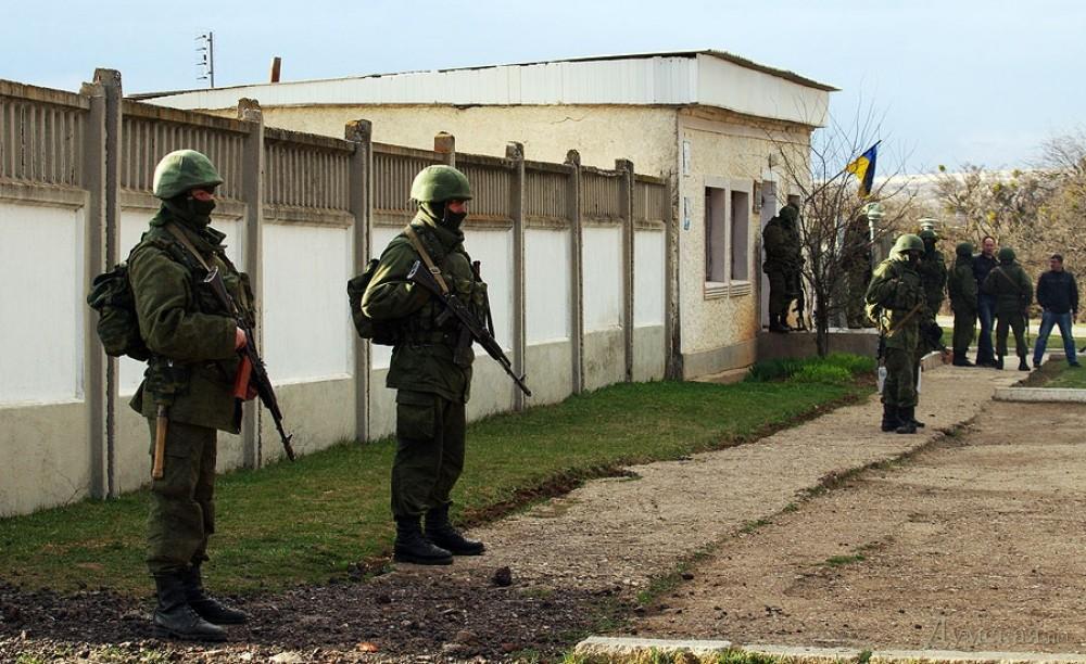 Хроніки окупації Криму: кримчанам рвуть паспорти, а Гоблін залякує фізичним знищенням - фото 9