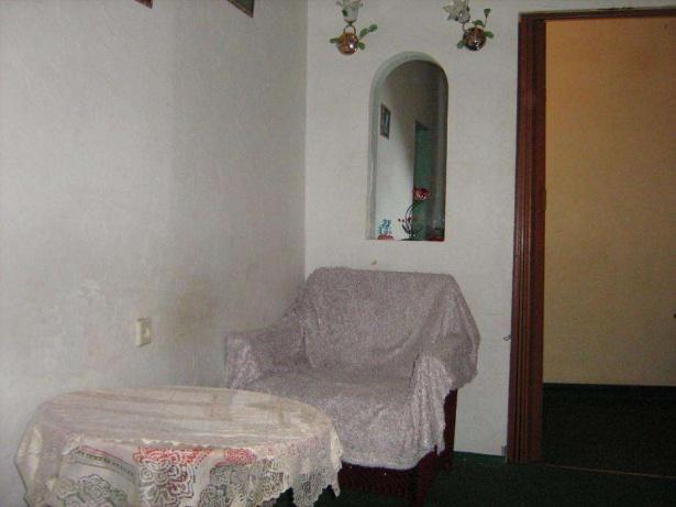 Жити по-старому: ТОП-10 трешевих квартир - фото 35