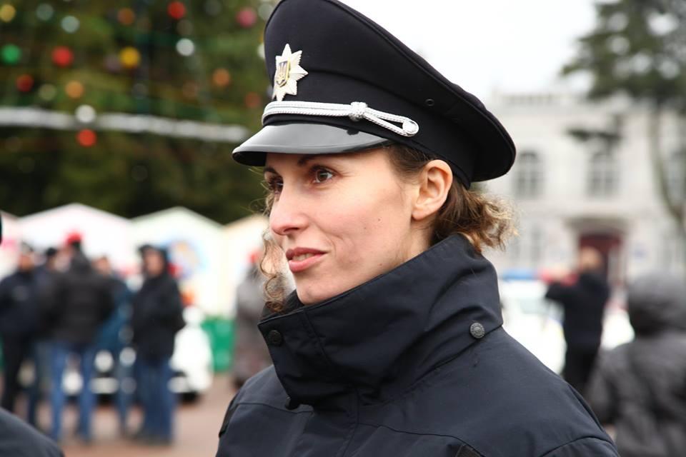 В новій поліції Хмельницького - красуні і чемпіонки - фото 1