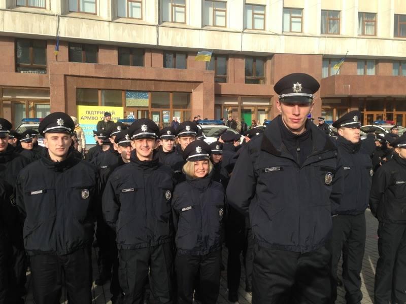Як поліція Івано-Франківська присягала на вірність українцям - фото 1