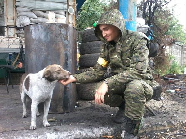Чим займаються на Донбасі найкращі друзі бійців АТО-4 - фото 16