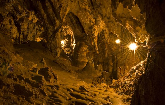 Подорожі Україною: ТОП-10 дивовижних печер - фото 13
