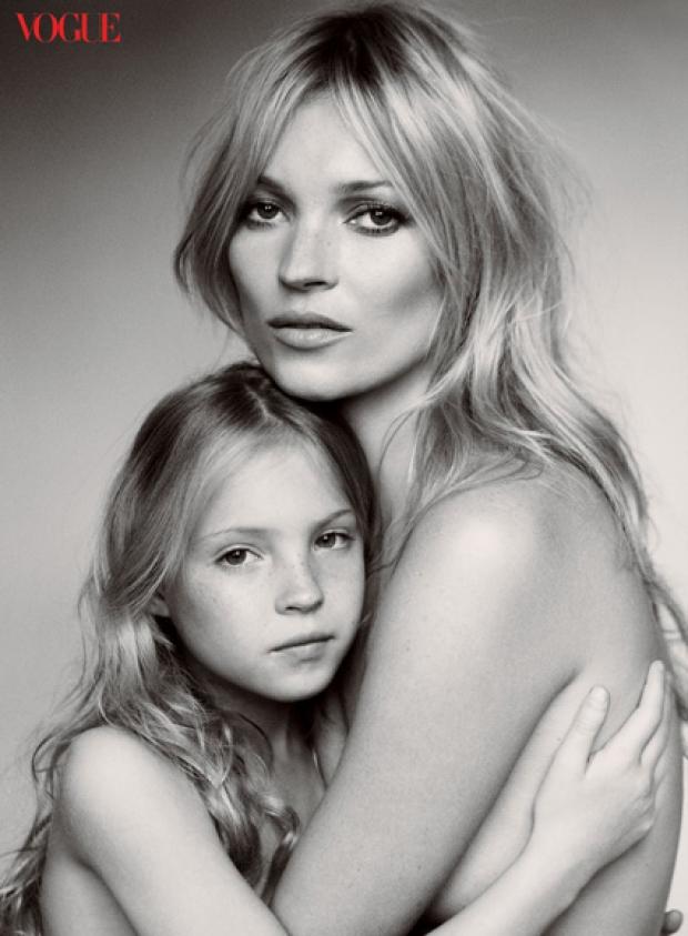 Кейт Мосс з донькою засвітилась на обкладинці глянцю - фото 2