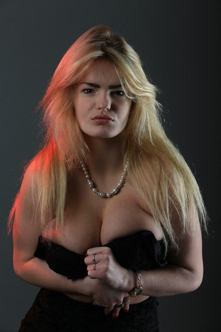 Вбита сестрою російська модель мріяла про кар'єру у порно (ФОТО 18+) - фото 5
