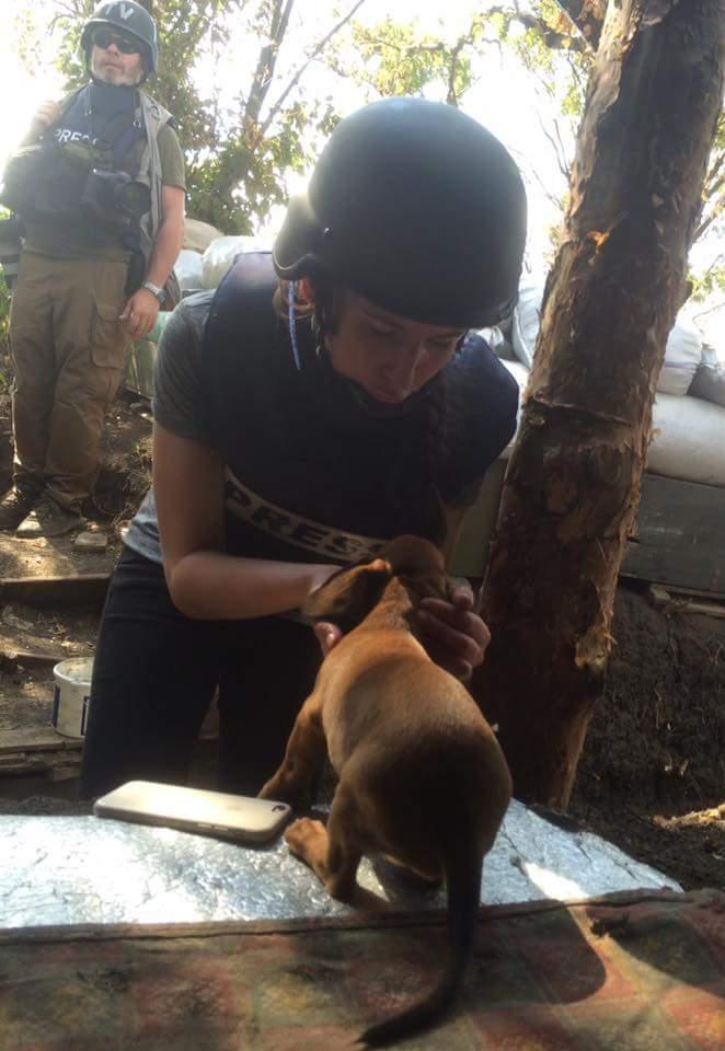 Чим займаються на Донбасі найкращі друзі бійців АТО - 6 - фото 14