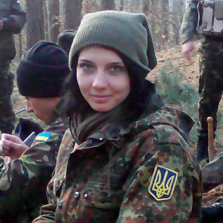 Краса рятує Україну: ТОП-10 красунь-бійців АТО - фото 15