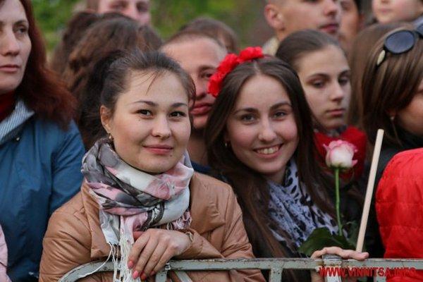 У Вінниці відкрили шостий сезон найбільшого у Європі фонтану - фото 8