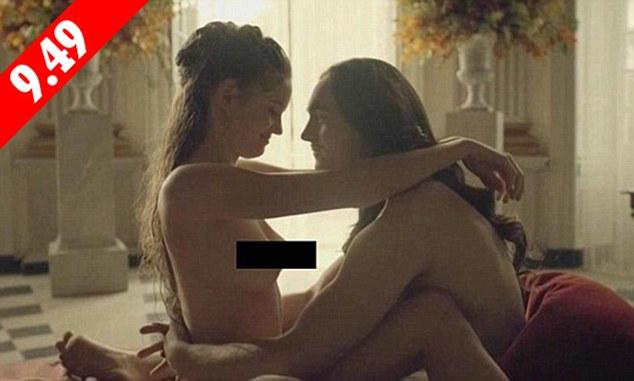Сім сцен сексу та голі тіла: Британцям покажуть, як розважалися королі - фото 4